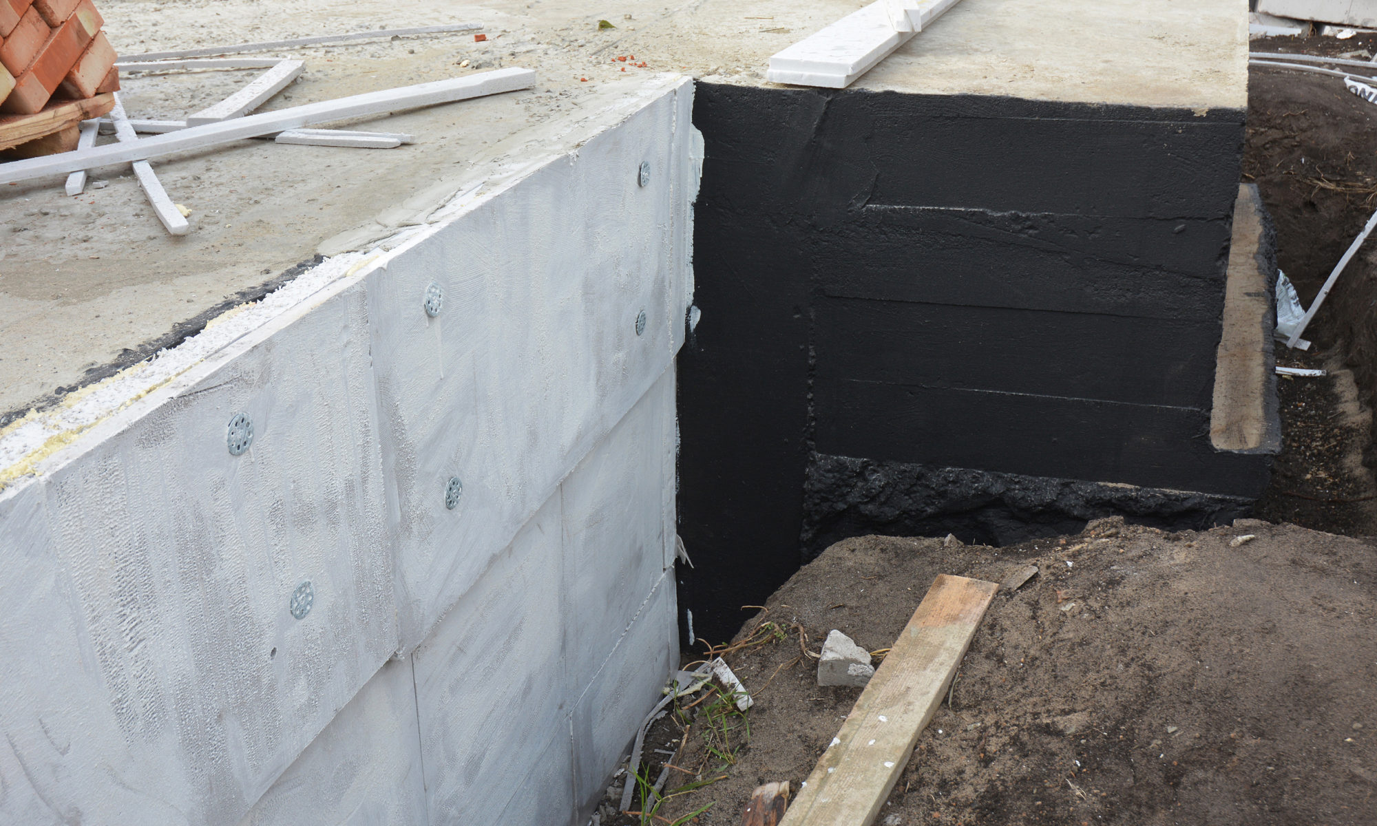 damp proofing vs. exterior waterproofing